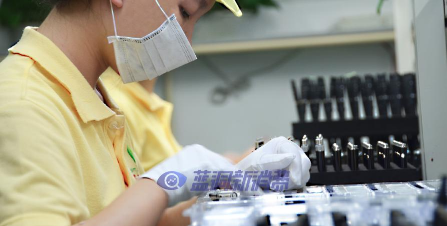 邀请参观POOLAN铂岚智慧工厂,解密高端电子烟黑科技
